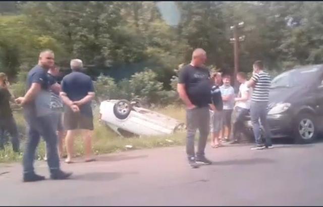 ДТП на в'їзді в Іршаву:водій Skoda зачепив Nissan