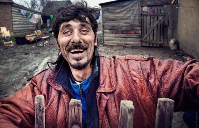 В  Україні проживає 100 тисяч ромів