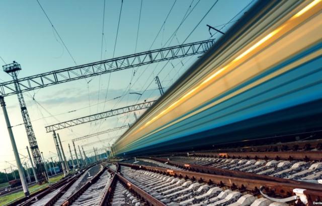 Перші пасажири потягу