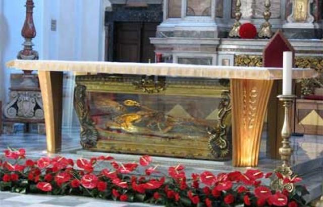 У Мукачеві перебувають мощі 10-ти святих цілителів