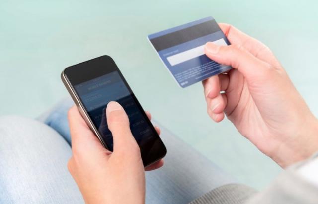 Обережно, шахраї! На Закарпатті діє нова схема з викраденням грошей з банківської картки (ФОТО)