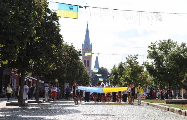 Які заходи відбудуться у Мукачеві на День Незалежності України (ПРОГРАМА)