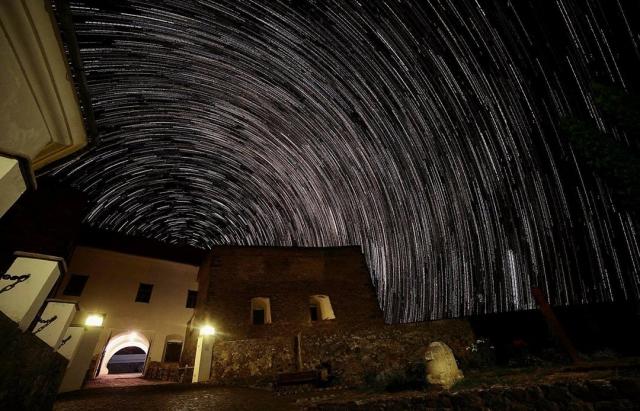 Фото дня: Парад зірок над замком Паланок