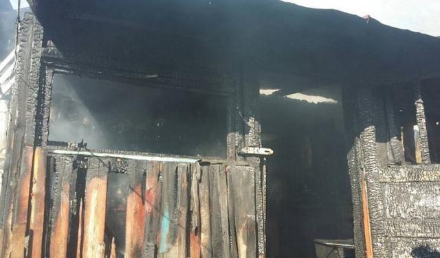 Соцмережі: в результаті пожежі на Рахівщині сім'я з дітьми залишилася без даху над головою