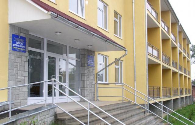 У Мукачеві від кору помер 12-річний хлопчик. Батьки звернулись до поліції