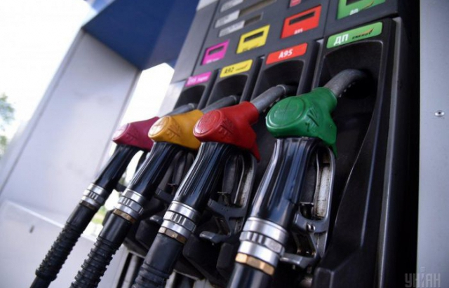 Експерти прогнозують зниження цін на пальне