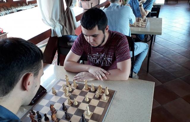Закарпатець Владислав Тіба отримав титул міжнародного майстра з шахів