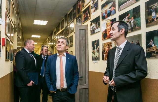Угорський уряд надав 110 млн форинтів для реконструкції театру в Берегові (ФОТО)