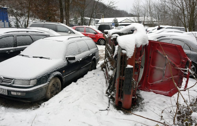 """Кількість покинутих """"євроблях"""" у Словаччині зростає. Влада не знає, що робити (ФОТО)"""