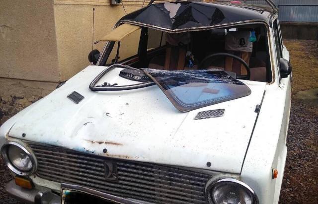 На Мукачівщині п'яний водій наїхав на чоловіка і втік (ФОТО)