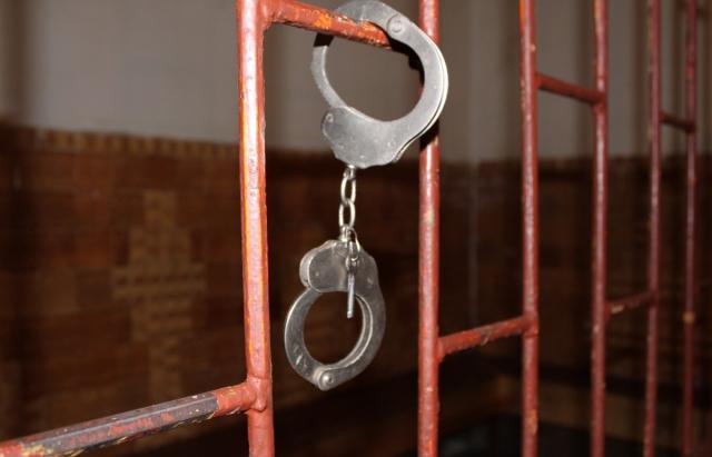 На Тячівщині судили грабіжника, який побив і обікрав 80-річну жінку