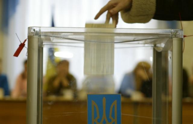 Зеленський іде у відрив: оприлюднено нові президентські рейтинги