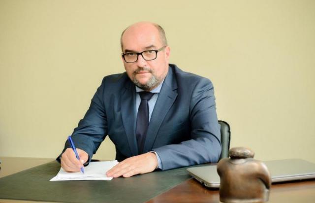Брензович подав до суду на ЦВК через небажання створити угорський виборчий округ на Закарпатті