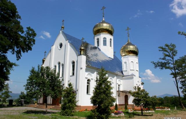 Нічого святого: на Іршавщині пограбували монастир
