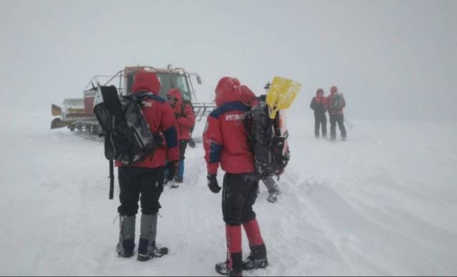 Цифра дня: закарпатські гірські рятувальники цієї зими в Карпатах врятували 469 туристів