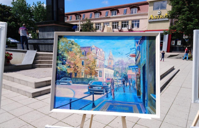 У Берегові стартувала міжнародна виставка художників (ФОТО)