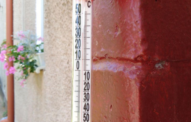Закарпаття накрила небачена спека (ФОТОФАКТ)