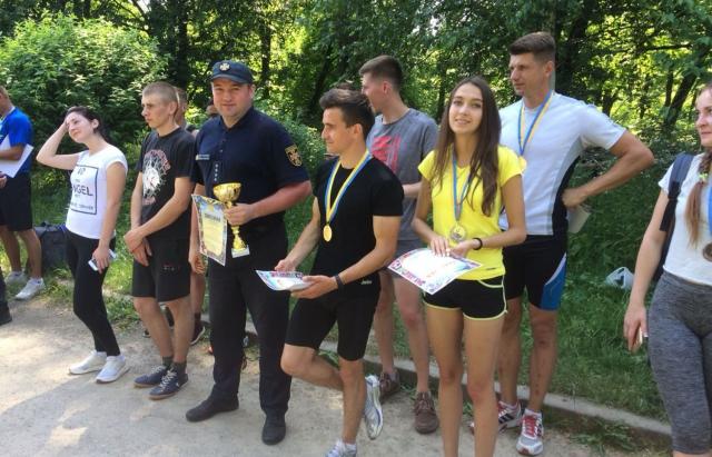 Рятувальники найкращі у легкоатлетичному кросі серед правоохоронців Закарпаття (ФОТО)