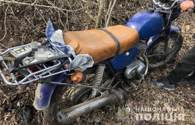 Закарпатець викрав мотоцикл у гостя, поки той спав після застілля