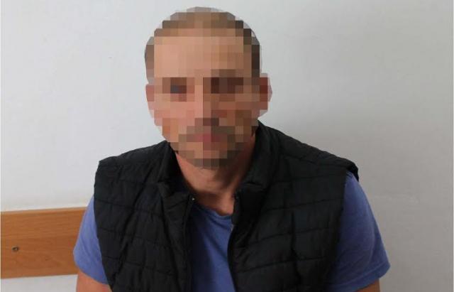"""36-річний українець з чужим паспортом спробував перетнути КПП """"Солотвино"""""""