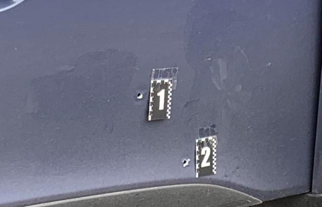 В Ужгороді обстріляли автомобіль начальника управління захисту економіки (ФОТО, ВІДЕО)