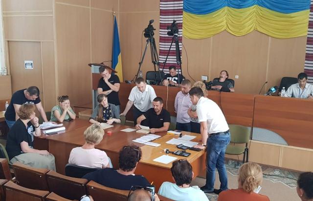 В ЦВК розповіли чому скасували перерахунок голосів на ОВК №69 з центром у Мукачеві