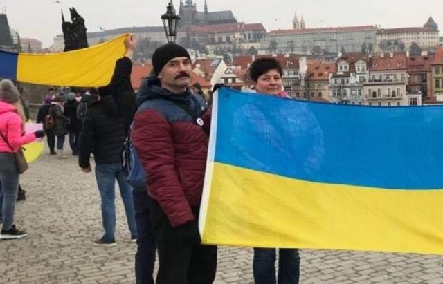 В Чехії змінили правила видачі робочих карт українцям