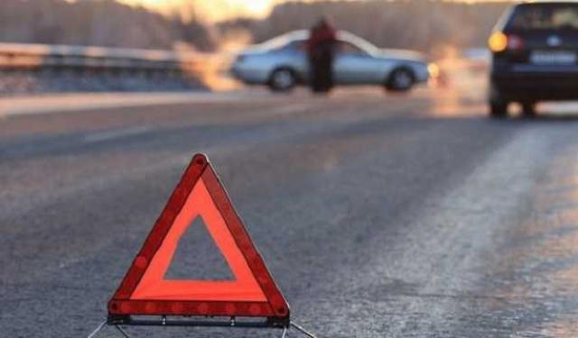 На Львівщині водій із Закарпаття зіткнувся з вантажівкою