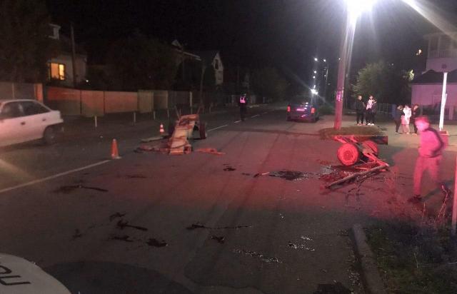 ДТП у Мукачеві: автомобіль протаранив віз (ФОТО)