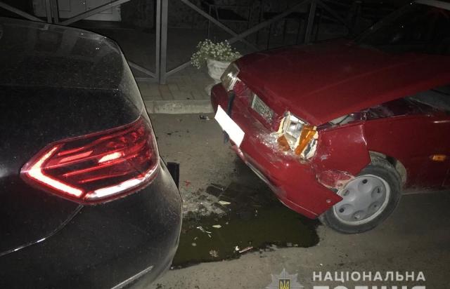 У Перечині п'яний водій ВАЗу влетів у Mercedes (ФОТО)