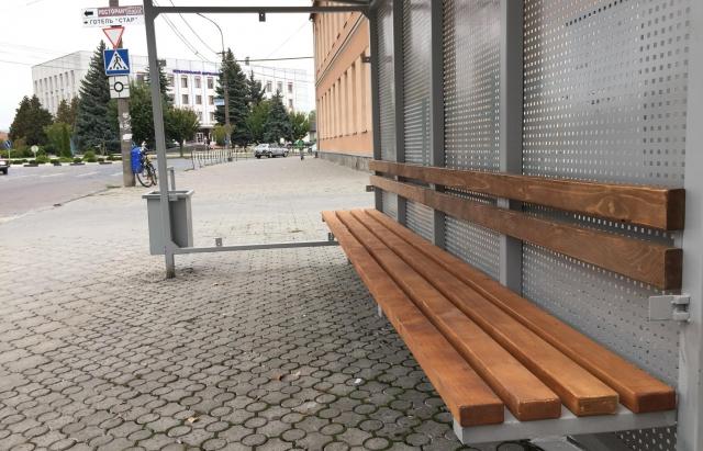 У Мукачеві з'являться дев'ять нових автобусних зупинок (ФОТО)