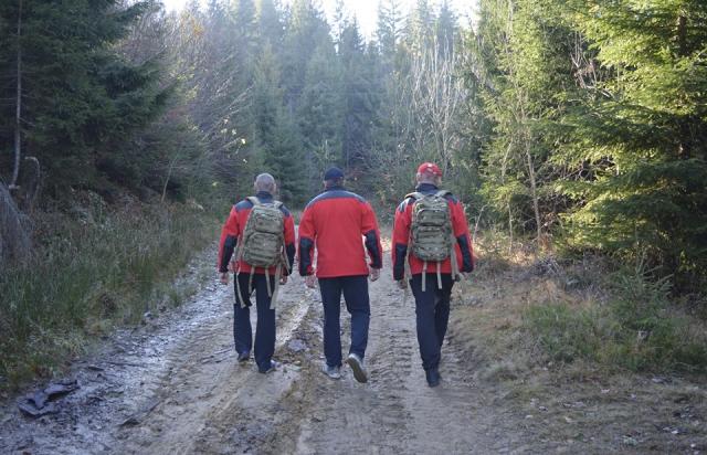Пішли по гриби: На Закарпатті рятувальникам довелось шукати у горах двох школярів