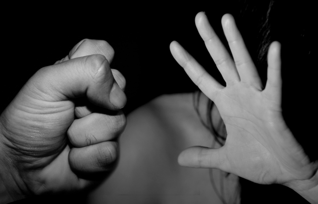 Ужгородця, який зґвалтував 24-річну дівчину, тримають в ізоляторі