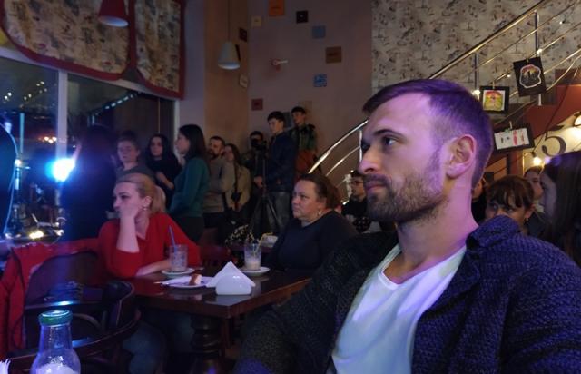 """Волонтерський рух """"Будуємо Україну разом"""" відтепер в Мукачеві (ФОТО)"""