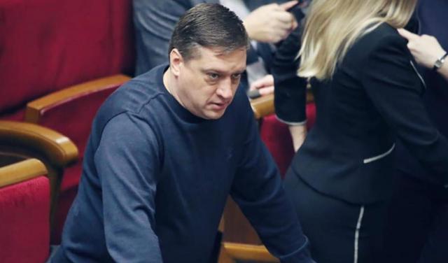"""Аферисти в команді Зе: """"Гвалтівник"""" Анісімов збрехав про свою освіту"""