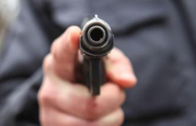 Чоловіків, що стріляли у дорожників біля Мукачева, досі шукають