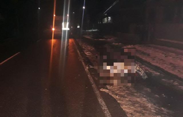 ДТП на Ужгородщині: під колесами «Fоrd Transit» загинув 41-річний чоловік (ФОТО)