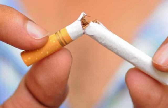 Боротьба з контрабандою: В Україні подорожчають сигарети до 100 гривень за пачку