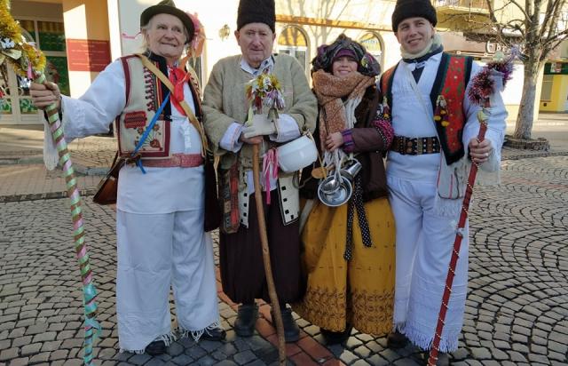 В центрі Мукачева традиційний бетлегем (ФОТО, ВІДЕО)