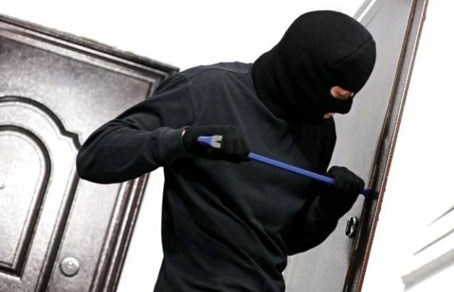 На Виноградівщині затримали серійних крадіїв (ФОТО)