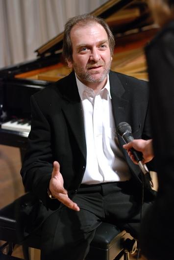 Олександр Саратський