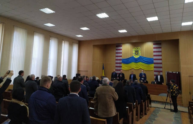 Здоровий глузд переміг: Мукачівська районна рада таки провела сесію (ВІДЕО)